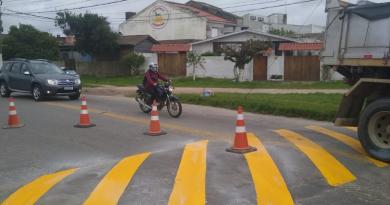 Trabalho de revitalização da sinalização de trânsito tem continuidade